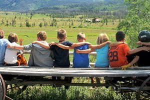 Vista Verde Ranch :: Luxury all-inclusive guest ranch with log cabin accommodations, fine dining, guided activities, and an engaging kids program.  A great family vacation in the summer or winter.