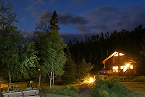 Vista Verde Ranch :: Luxury all-inclusive guest ranch with log cabin accommodations, fine dining, & guided activities. Family vacations during the summer/winter holidays, & romantic getaways!