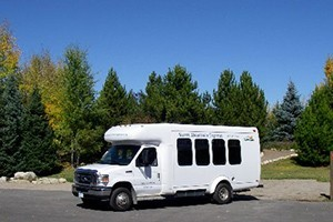 Storm Mountain Express :: Steamboat's preferred shuttle service, providing shared ride & private shuttles to and from Steamboat Springs. Group rates available upon request. Book online for 10% off!
