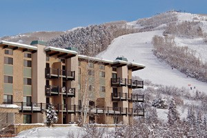 Mountain Resorts - Condominium Rentals :: Choose your exact Steamboat Springs vacation rental from over 350 condominiums & townhomes. Affordable slopeside to luxury penthouses. Online booking with real-time discounts!