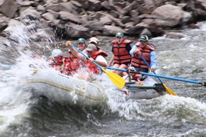 Colorado River Runs :: Explore the beautiful rivers of Colorado with us!  Safe and fun for all experience levels.