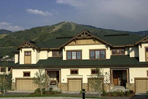 Steamboat Resorts by Wyndham Vacation Rentals :: Steamboat's largest selection of vacation rentals conveniently located around the base of the ski area. Affordable studios to luxury 6 bdrm townhomes. Call or click today!
