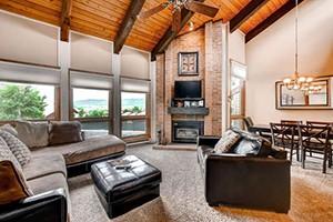 Resort Lodging Company - Cabin Style Luxury