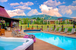 Porches Steamboat - Save 30%, book by May 16