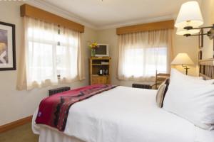 Hotel Bristol - Modern Rooms in Historic Hotel