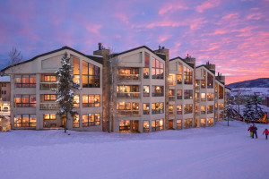 Chateau Chamonix - Luxury Ski-in/Ski-out