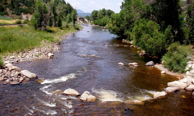 Yampa river colorado fly fishing camping boating alltrips for Fishing lakes in colorado springs